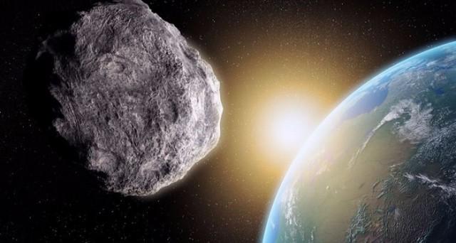 Passerà a una distanza ragguardevole dalla Terra, ma l'asteroide 2015 TB145, in arrivo per Halloween, emana sempre un certo fascino. Ecco come e quando sarà possibile guardarlo.