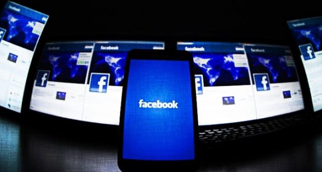 Facebook lancia per Messenger la funzione Photo Magic, basata sulla tecnologia di riconoscimento facciale: ma in Italia non la vedremo, ecco perché.