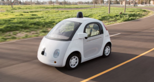 google car cerca designer industriale