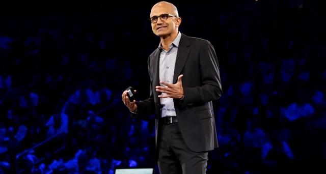 Satya Nadella a Roma parla del nuovo corso di Microsoft e del futuro che ha in mente, basato sulle nuove tecnologie finalizzate a ottimizzare la produttività, e lancia il programma GrowITUp per i giovani startupper italiani.
