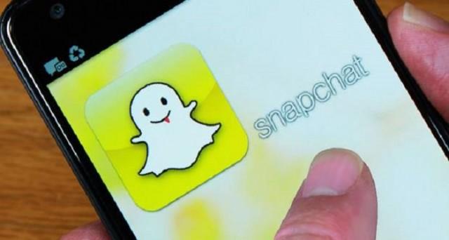 Snapchat e Facebook si danno battaglia sul campo delle visualizzazioni video: ma se il social network è un gigante, il primo sembra esserlo ancora di più, numeri alla mano.