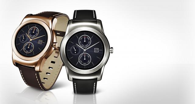 Ecco un elenco dei migliori 10 smartwatch da regalare a Natale 2015, ideali per tutte le tasche ed esigenze.