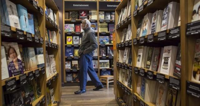 Amazon potrebbe aprire a breve tra le 300 e le 400 librerie fisiche nei centri commerciali di tutto il mondo: come potrebbe cambiare il mercato editoriale?