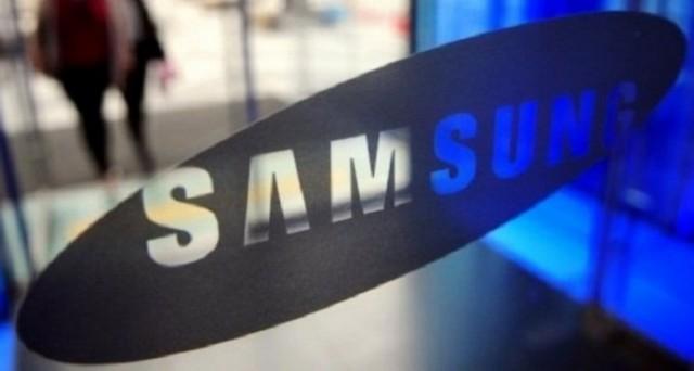 Samsung potrebbe lanciare Galaxy S7 Mini come risposta al nuovo iPhone SE da 4 pollici di Apple.