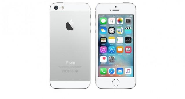 Con i nuovi iPhone SE in arrivo, siamo andati a esaminare le migliori offerte online del momento relative a iPhone 5S: ecco dove conviene acquistarlo oggi.