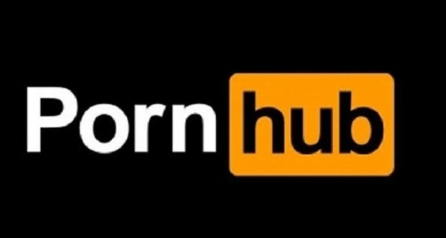Realtà virtuale e Pornhub: la nuova frontiera del porno passa per le nuove tecnologie.