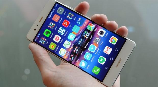 Qual è il prezzo più basso per Huawei P9, Huawei P9 Lite e Huawei P9 Plus? Le offerte online più vantaggiose e la questione del nuovo aggiornamento.