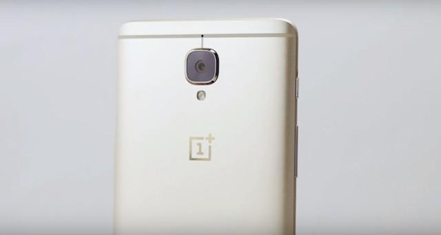 Dopo la presentazione ufficiale avvenuta lo scorso mese di giugno, il nuovo OnePlus 3 si appresta a registrare il debutto sul mercato della sua seconda variante. Oltre al modello con colorazione grafite, infatti, a partire dalle ore 12 del prossimo 1 di agosto, gli utenti interessati all'acquisto del flagship killer 2016 potranno acquistare anche la […]