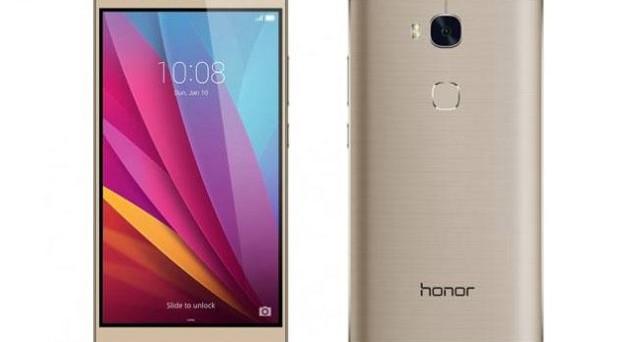 Sbarca in Europa Honor 8: prezzo, uscita e scheda tecnica. Lo smartphone perfetto per i giovanissimi e adatto per gli adulti: la sfida al mercato con costi contenutissimi e caratteristiche da top gamma.