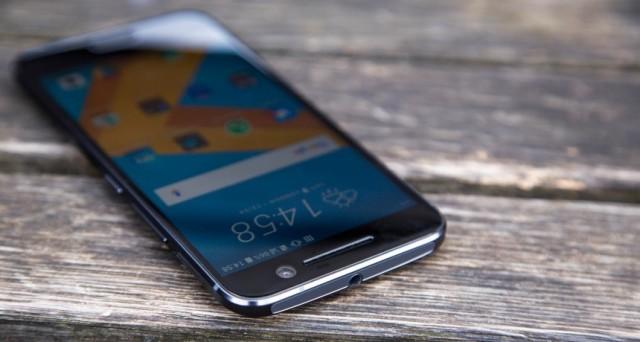 Ecco le caratteristiche tecniche dell'HTC 10 e le info su come accedere alla strepitosa offerta di uno conto di 100 euro.