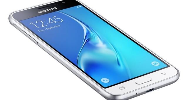 Ecco le offerte da volantino Mediaworld per l'acquisto degli smartphone per Samsung  Galaxy J3 (6), Huawei Y6II Pro e Wiko Pulp.