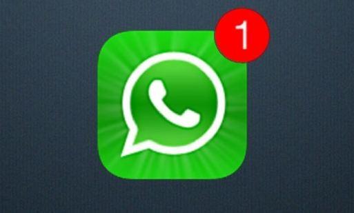 WhatsApp, l'app esterna per leggere le chat degli altri, ma i rischi sono enormi