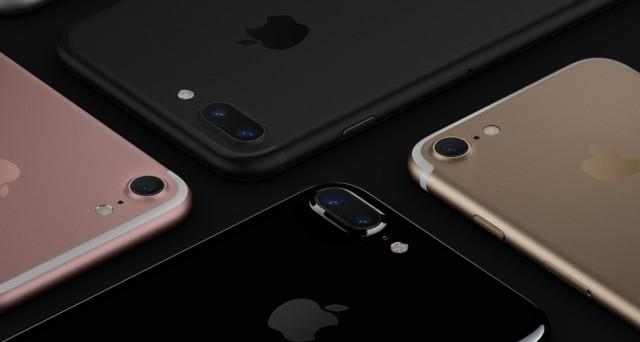 Dopo la presentazione avvenuta ieri sera, i nuovi iPhone 7 ediPhone 7 Plus si preparano ad arrivare sul mercato italiano. I due nuovi smartphone di casa Apple saranno disponibili in pre-order a partire dal prossimo 9 di settembre. Le spedizioni delle prime unità partiranno, invece, il 16 di settembre data in cui i nuoviiPhone 7 […]