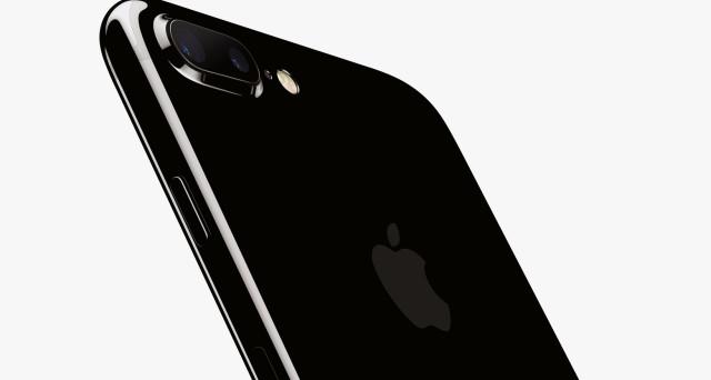 Come scattare foto perfette utilizzando al meglio la fotocamera di iPhone 7 Plus: intanto, il prezzo arriva a 789 euro, ecco dove e come.