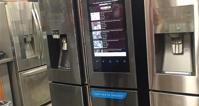 Se ne vedono di tutti i colori e questa notizia 'divertente' arriva direttamente da un frigorifero Samsung: la foto ha già fatto il giro del web! Video porno in cucina.