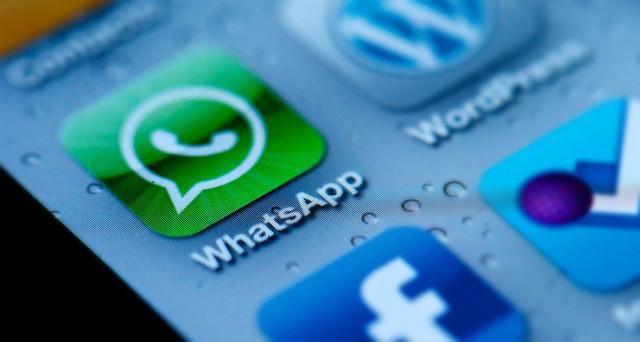 C'è un modo per inviare qualsiasi tipo di file su WhatsApp, utilizzando una app di terze parti: molto utile perchi utilizza la chat anche per 'lavoro'.