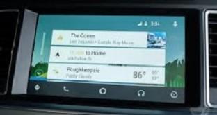 L'ecosistema Google per la guida sicura e intelligente, Android Auto System, si aggiorna all versione 2.0.642304 e la sua 'offerta' arriva per tutti: cos'è, come funziona e perché rappresenta una rivoluzione per i guidatori. Tutte le informazioni e l'APK download.