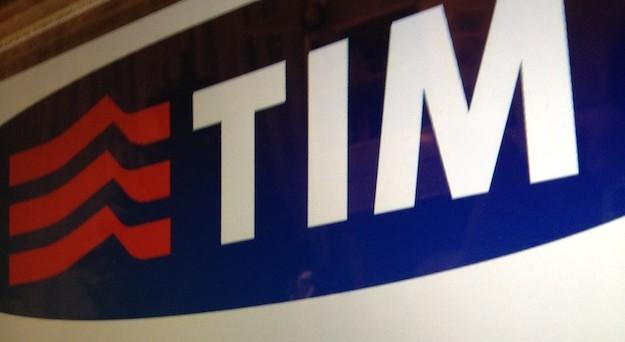 Offerte TIM mobile aprile 2017 da 15 euro a confronto iPhone 7 e Plus e Huawei P10 e Plus con internet e minuti