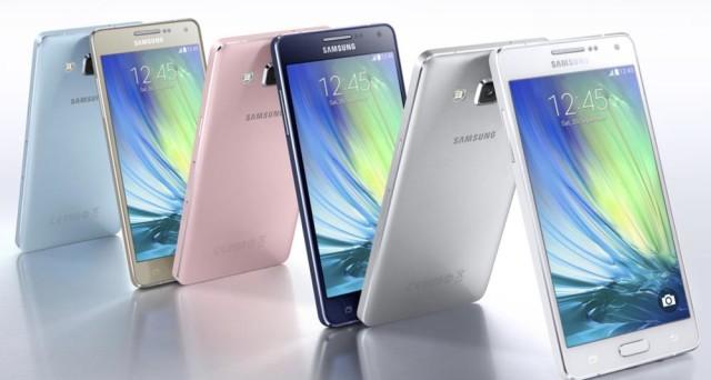 Tutte le novità dal mondo Samsung dalla rinomata serie mid-range 'A'. Sono in arrivo in Italia, per il mese di gennaio 2017, i due nuovi smartphone Android di fascia media, Samsung Galaxy A3 e A5 (2017): prezzo e scheda tecnica. Resta il mistero del Galaxy A7 (2017).