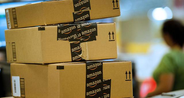 Temi che il tuo pacco Amazon sia andato perso o che qualche vicino si sia riservato il diritto di ritirare la consegna al posto tuo? Scopri come intervenire