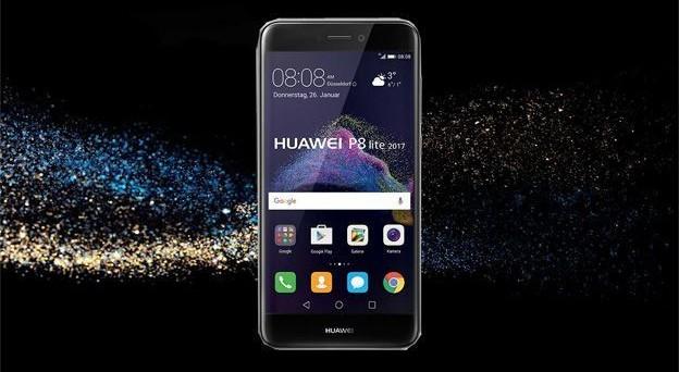 Qual è il migliore smartphone low-cost Huawei? Ecco il confronto tra le specifiche e le offerte al prezzo più basso per Huawei P8 Lite (2017), P9 Lite e P8.