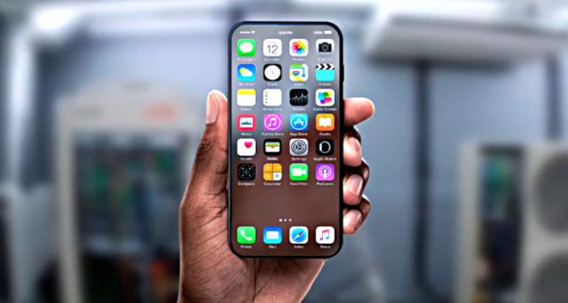 I nuovi rumors su iPhone 8 (o iPhone X, come alcuni lo chiamano) raccontano di un video 'folle' e delle caratteristiche che segneranno la svolta.