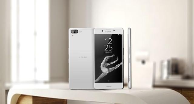Sony Xperia XZ Premium contro Huawei P10: confronto caratteristiche e news prezzo ufficiale e pre-ordini