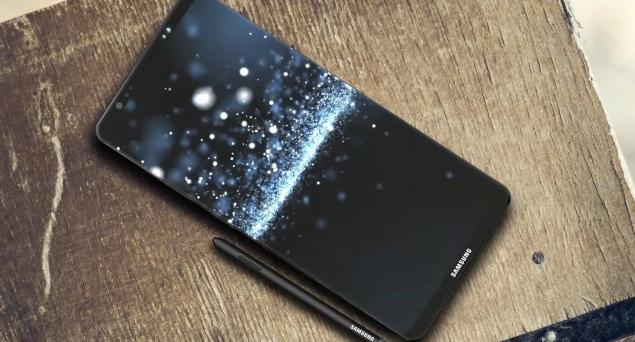 News e rumors su Samsung Galaxy Note 8: il phablet potrebbe uscire prima del previsto, avere display in 4K ma non montare ancora Android Oreo.