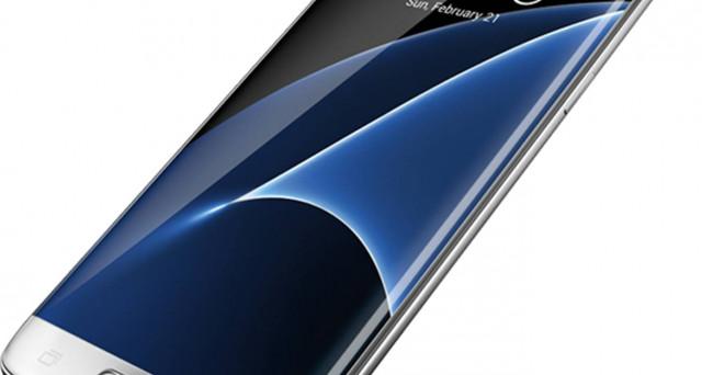 Il SID ha dato al Samsung Galaxy S7 Edge il premio per il miglior display (non mancano le polemiche tra gli utenti). Il prezzo scende a 460 euro.