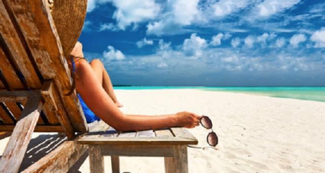 Ecco le migliori 4 app per trascorrere una perfetta giornata in spiaggia disponibili sia per dispositivi iOS che per Android.