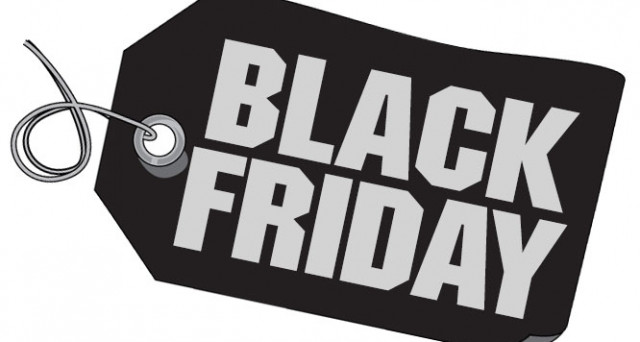Data Black Friday 2017 e ultime news. Inizia il conto alla rovescia per lo shopping selvaggio di fine novembre. Consigli per gli acquisti.