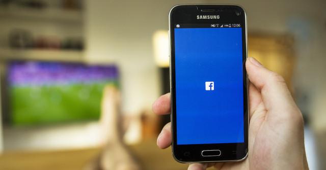 Facebook e Samsung, impossibile eliminare il social su alcuni smartphone