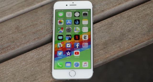 Arriva anche in Italia iPhone 8 e 8 Plus. Scheda tecnica e prezzo dei nuovi smartphone Apple. In Francia offerta strepitosa con un prezzo scontatissimo.