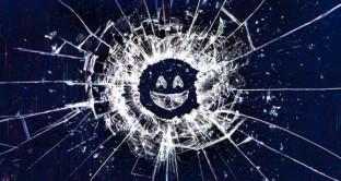 Nuove puntate Black Mirror, la serie tv che attacca il mondo della tecnologia sta per tornare con la quarta stagione. Ecco i titoli dei nuovi episodi.