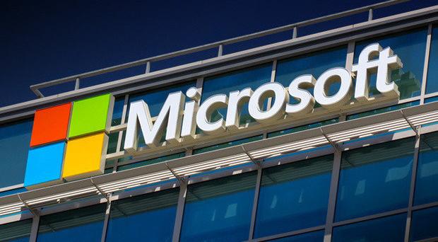 Microsoft cambia, avviso agli utenti via email, ecco le nuove condizioni