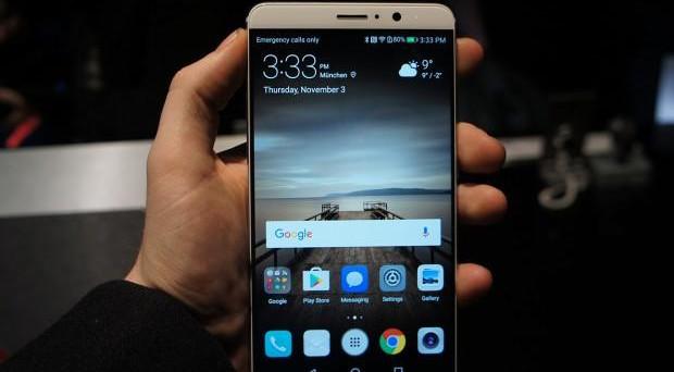 Rumors Huawei Mate 10 Pro, la scheda tecnica, l'uscita e il prezzo del nuovo phablet cinese. Presentazione fissata per il 16 ottobre 2017.
