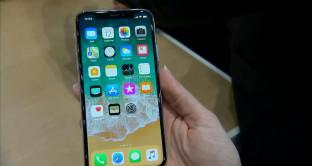 Iphone X, disastro preordini, ma che grande successo – Domani l'uscita del melafonino dei sogni
