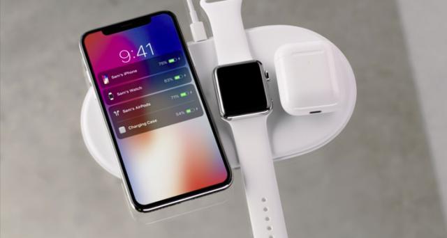 Primi rumors Apple iPhone X Plus, caratteristiche da sogno. Primi renders del futuro top di gamma statunitense. Indiscrezioni uscita e prezzo.