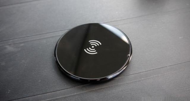 Il futuro delle ricariche wireless si chiama Pi. Gli scienziati del MIT hanno preparato un caricabatterie che riesce a ricaricare anche 4 device insieme.