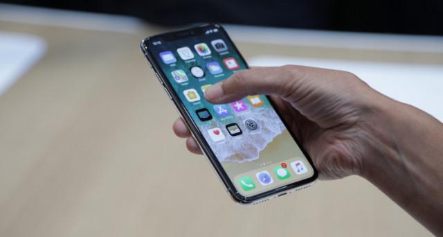 Preordini quasi al via, ecco la data. Arriva finalmente iPhone X, il conto alla rovescia per il melafonino dell'anniversario è quasi giunto a zero.