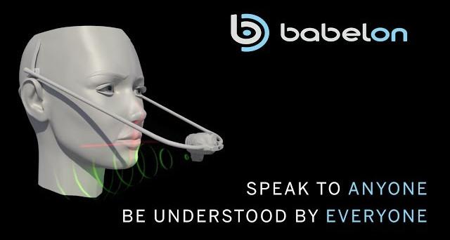 BabelOn sta preparando il dispositivo per la traduzione simultanea in tutte le lingue del mondo. La novità è che tradurrà simulando proprio la vostra voce.