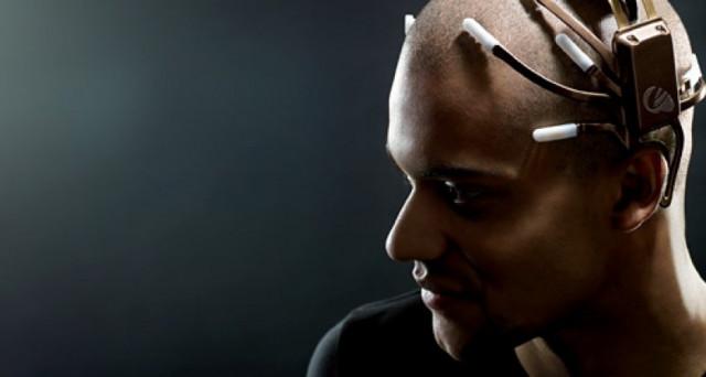 Emotiv, il wearable del futuro sposteremo gli oggetti con la forza del pensiero