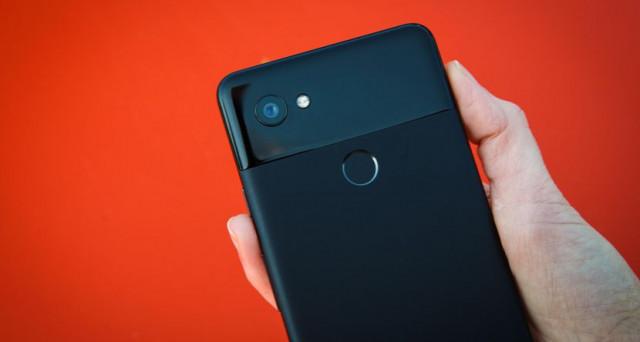 Pixel 3, nuovi rumors sul prossimo top di gamma di Google. Le indiscrezioni suggeriscono tre differenti versioni, news caratteristiche e lancio sul mercato.