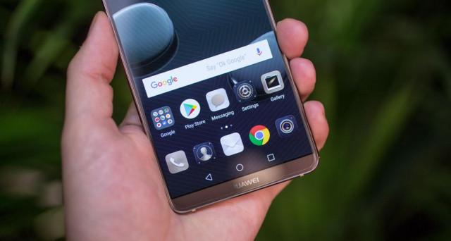 Arriva il Huawei Mate 10 Pro, oggi si concludono i preordini, pronta dunque l'uscita in Italia. Ricapitoliamo la scheda tecnica e il prezzo del phablet.