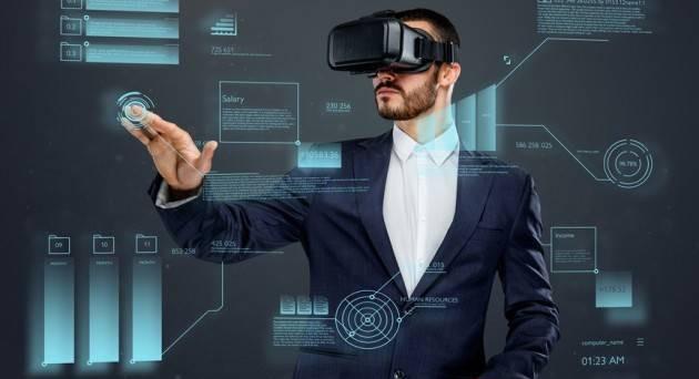 Visori realtà virtuale, HTC presenta VIVE Pro Eye e Vive Cosmos