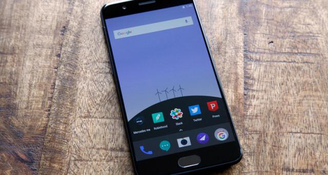Sale l'attesa per lo smartphone cinese Android. Ultimi rumors sul OnePlus 5T, scheda tecnica, uscita e prezzo del device asiatico.