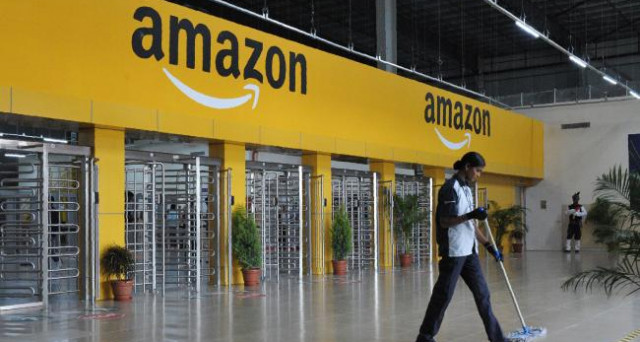 Amazon a Milano, arriva un negozio fisico per prepararsi al Black Friday
