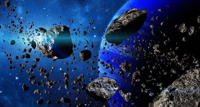Due asteroidi in arrivo, il primo stasera sarà osservabile anche dall'Italia tra le stelle della costellazione della Balena. La diretta streaming sul canale Ansa Scienza e Tecnica.