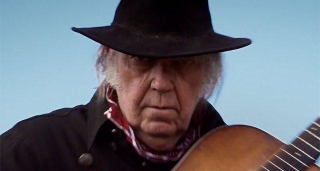 Netflix lancia un altro film originale da non perdere, il 23 marzo arriva Paradox con Neil Young. Un western diretto da Daryl Hannah.