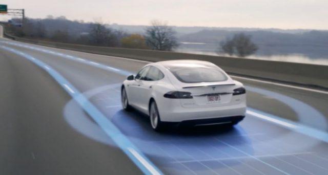 Toyota fa sul serio, entro il 2021 in USA arriveranno le auto connesse che parleranno tra loro scambiandosi dati e informazioni.